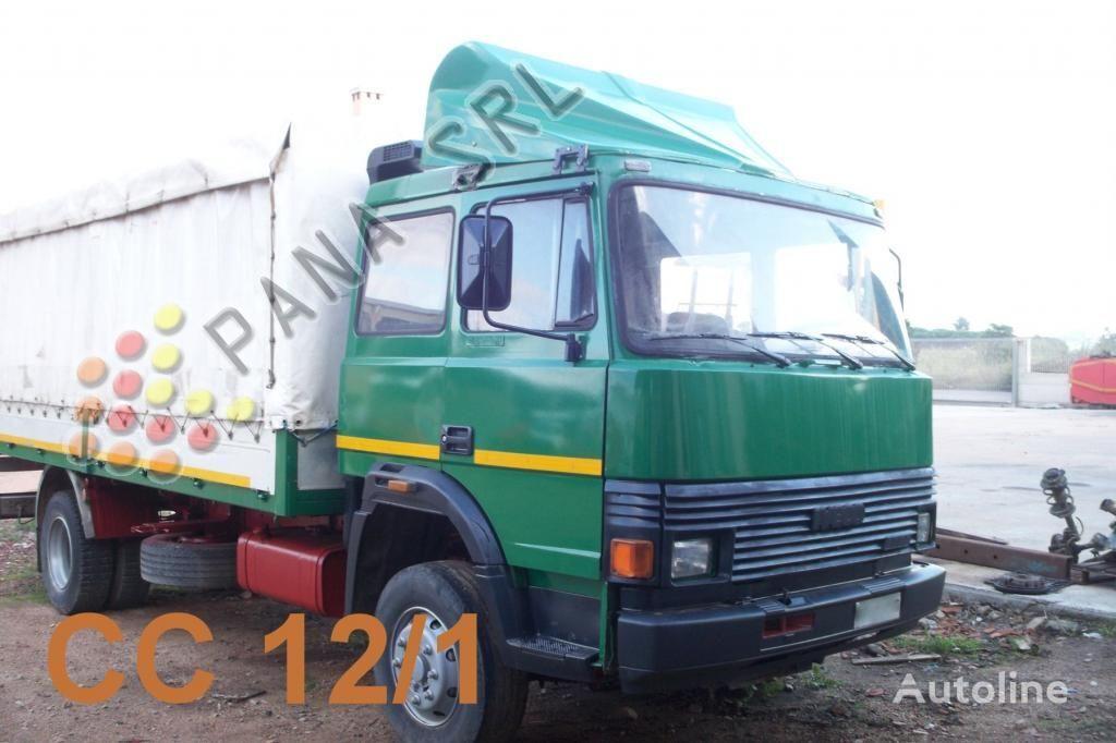 IVECO 135 17 camion cu prelata