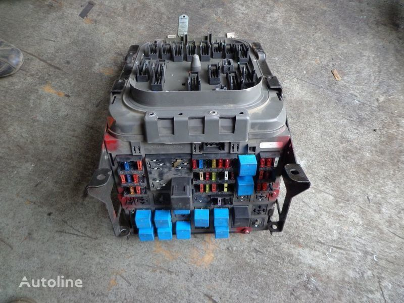 cutie de siguranţă pentru RENAULT Premium autotractor
