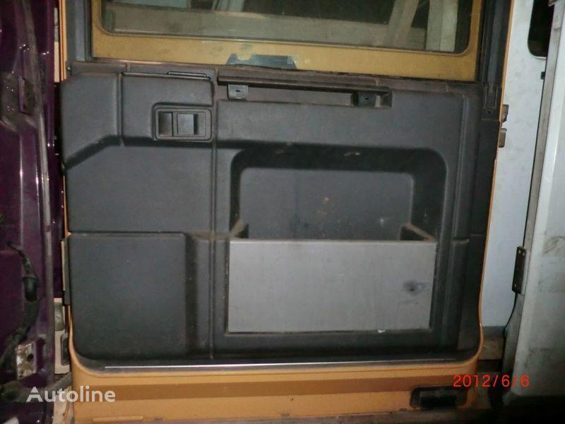 Obshivka uşă pentru RENAULT Magnum autotractor