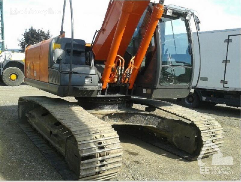 HITACHI ZX 210 LC-3 excavator pe şenile