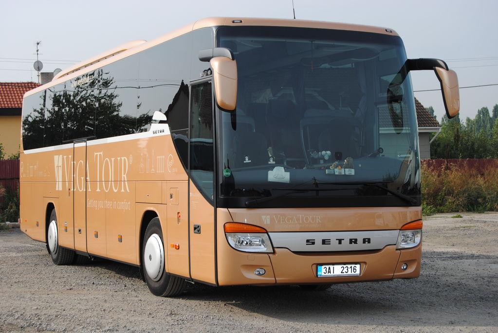 SETRA S 415 GT-HD autocar