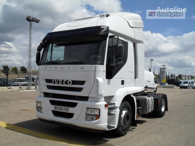 IVECO STRALIS AT 440S45 autotractor
