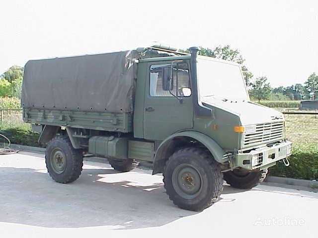 MERCEDES-BENZ UNIMOG 435/1300L camion cu prelata