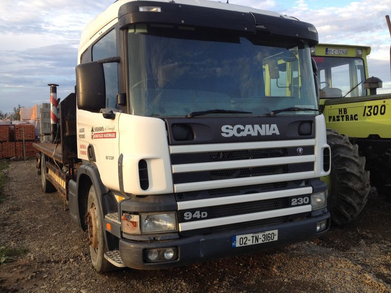 SCANIA 94D camion platformă