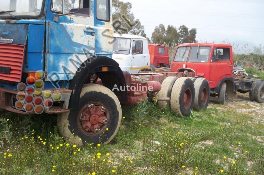IVECO 330 26 camion şasiu