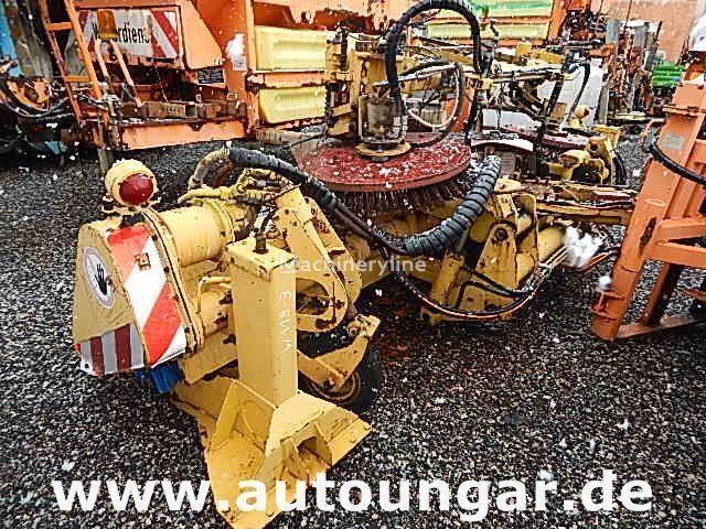 BUCHER Schörling Frontbesen + Mittelbesen hydraulisch für LKW perie asfalt