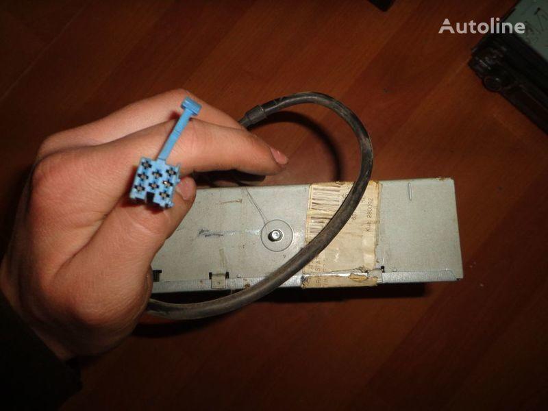 Blaupunkt IDC A 09. 12V. 5 CD autoradio pentru microbuz