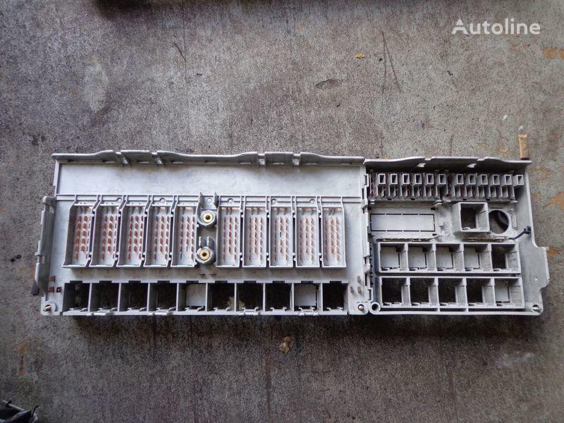 cutie de siguranţă pentru SCANIA 124, 114, 94 autotractor