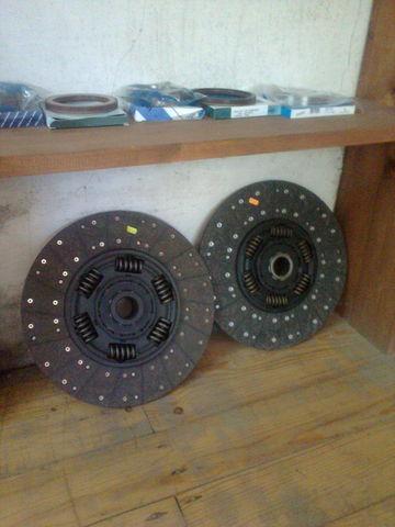 KAWE Holland 1878000948 , 21593944 , 85000537 , 7420707025 , 20525015 disc de ambreiaj pentru VOLVO FH 12  autotractor nou
