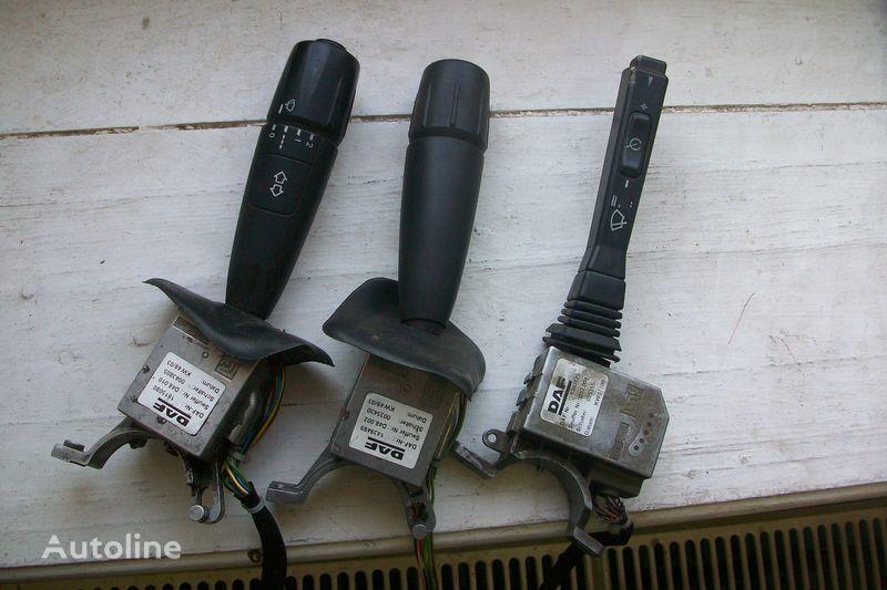 Podrulevoy pereklyuchatel s blokami upravleniya panou cu dispozitive pentru DAF XF,CF autotractor