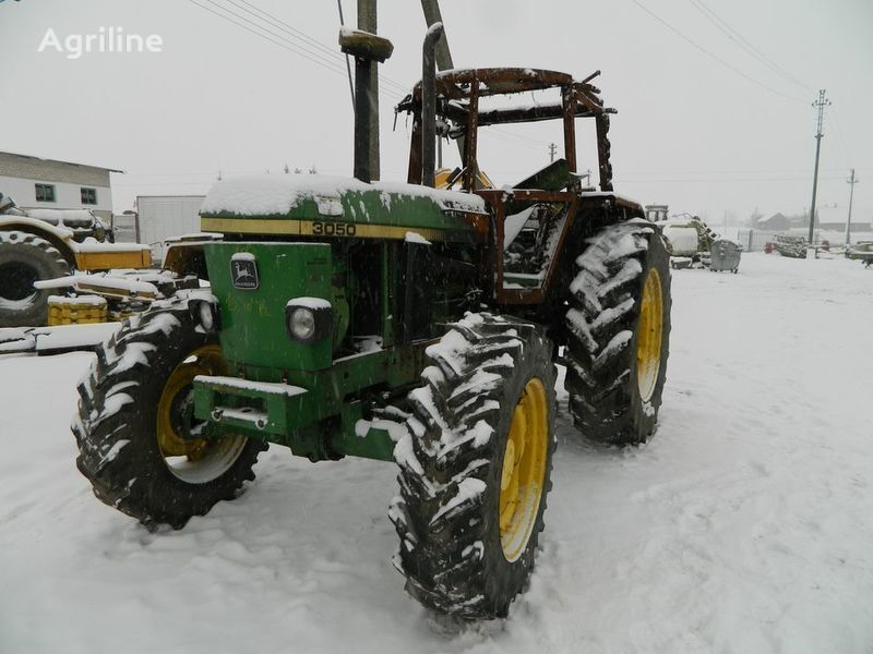 b/u zapchasti / used spare parts piesă de schimb pentru JOHN DEERE 3050 tractor