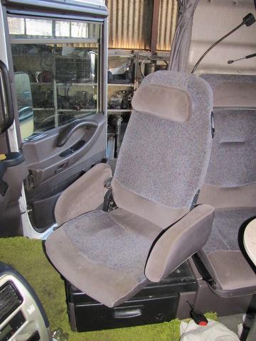 scaun pentru RENAULT MAGNUM autotractor