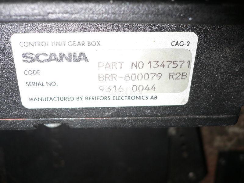 Scania GEAR BOX 1347571 . 1362616 . 1505135 . 488207. 1434153. 1368153. 1360315 unitate de control pentru SCANIA 113 autobuz