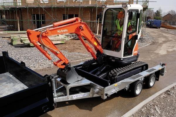 IFOR Williams GX106 remorcă transport agabaritic