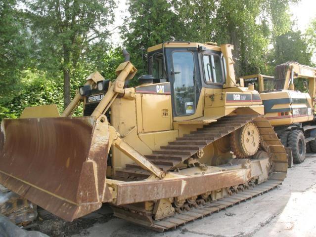 CATERPILLAR  D6R  LGP  ARENDA  buldozer