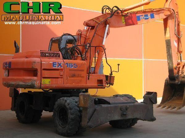FIAT-HITACHI EX165W.3 excavator pe roţi