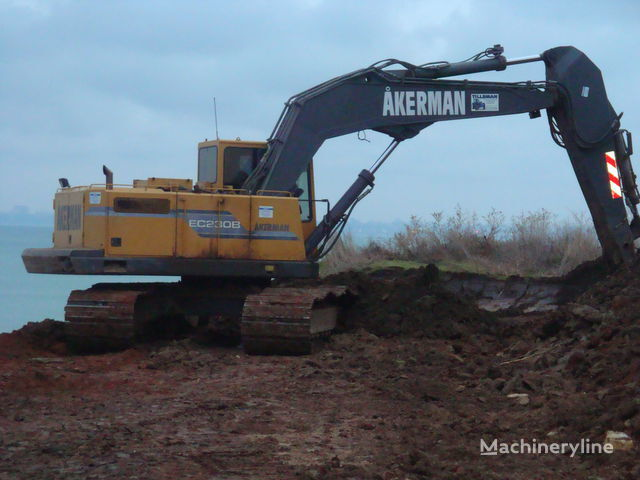 AKERMAN EC230B excavator pe şenile