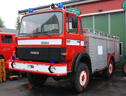 IVECO 4x4 WD mașină de pompieri
