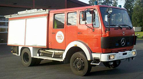 MERCEDES-BENZ 1019-AF, 4x4 WD mașină de pompieri
