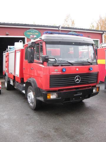 MERCEDES-BENZ 1320 mașină de pompieri