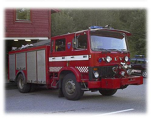 VOLVO F-720 mașină de pompieri
