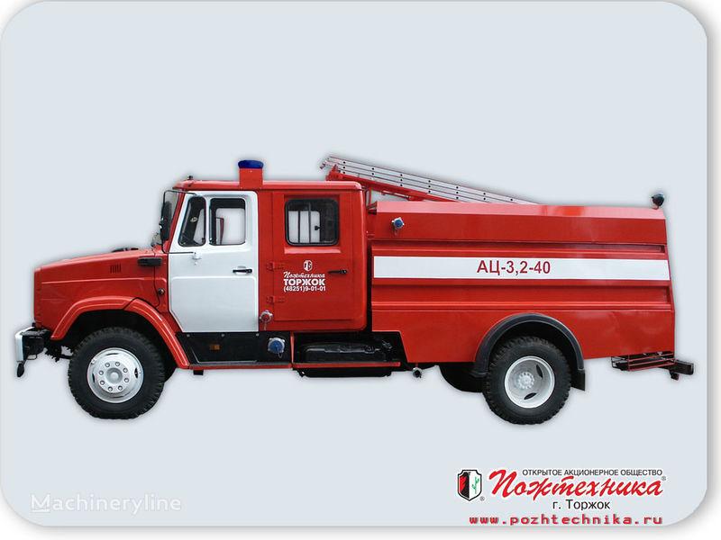 ZIL AC 3,2-40     mașină de pompieri